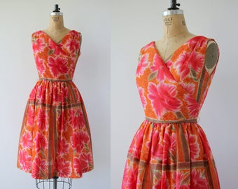 vintage 1950s dress / 50s pink floral dress / 50s full skirt dress / 50s hawaiian floral dress / 50s sun dress / 50s jack squire dress / MED