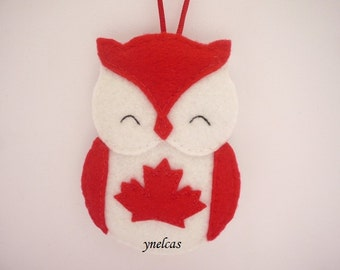 Felt Owl Canada Christmas Ornament /  Canada Flag Owl /  Canadian /  Owl Hanging  Decoration / ONE Ornament