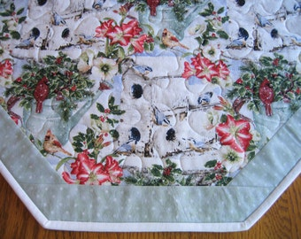 """Quilted Octagon Mat in a Winter Birds and Birdhouse Pattern - 22"""" diameter"""