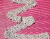 Antique Lace Vintage Lace Irish Crochet Lace Flounce Roses