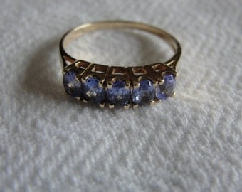 vintage tanzanite and 14kyellow gold ring size 6.75