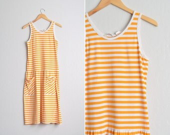 Size XS/S // STRIPED TANK Maxi Dress // Yellow-Orange Stripes - Sleeveless - Pockets - Summer - Beach - Vintage '80s.
