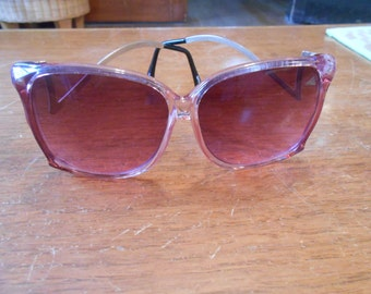 Vintage 1970s 80s pink and gold sunglasses by OPti-Ray