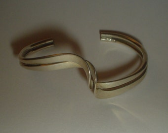 Silver bangle sterling bracelet wave adjustable open ended vintage
