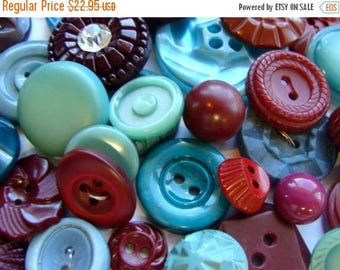 ON SALE 3 Dozen Antique Buttons Vintage Buttons Blue Grass and Wine Farmhouse Button Jewelry Collection Lot N0 623