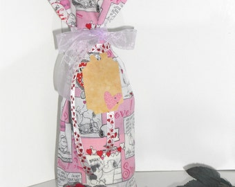 Valentine Snoopy Wine Bag with Ribbons and Embellished Gift Tag