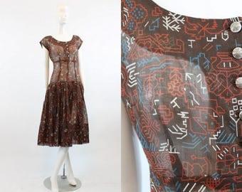 40s Dress Tribal Print Small  / 1940 Vintage Dress Cotton Full Skirt / Southwestern Sally Dress