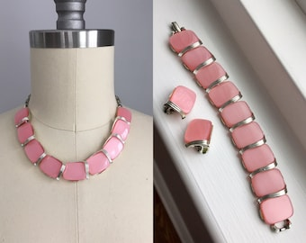 Vintage 1950s Lisner Pink Parure Thermoset Necklace Bracelet and Clip On Earrings Set