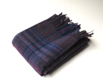 Pendleton vintage Aubergine Plaid Woven Wool Scarf with Fringe / made in Portland, Oregon