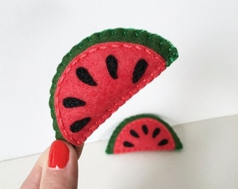 Watermelon magnet, cute felt watermelon magnet, Kitchen decor, refrigerator magnets, plushie magnet, hand sewn by HibouDesigns, OOAK