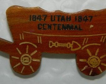 40s 1947 Utah Centennial Wooden Covered Wagon Pin Brooch Mormon Wagon
