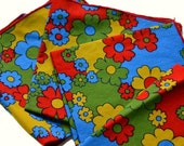 Sale 4 Vintage Napkins Flower Power 70s Cloth Napkins