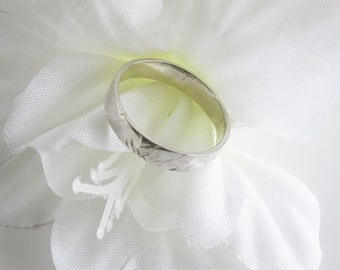 Slim Sterling Band, Wedding Ring with Hammered Pattern