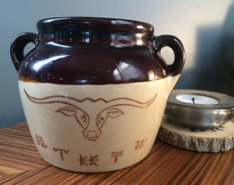 Vintage Hull USA Bean Pot