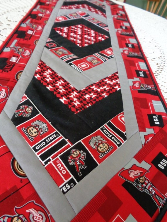 Ohio state table runner for Table 6 ohio