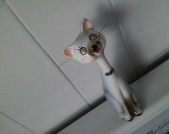 Vintage CAT Figurine Salt OR Pepper Shaker