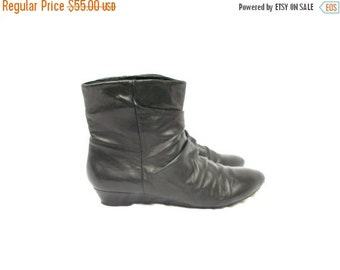 SALE 90s Black Leather Ankle Boots size 7 Pixie Boots Ruching Nine West