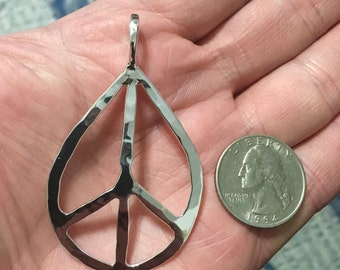 Peace Sign Hammered Smooth Teardrop Silver Pendant Necklace