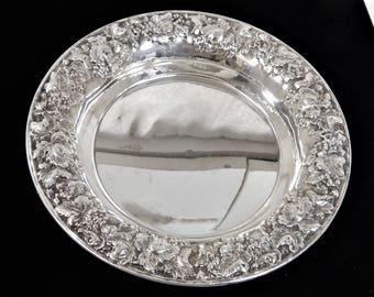 "Sheridan Silversmiths Taunton, Ma ""Vintage"" Pattern Bowl"