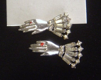Two Vintage Hand pins red rhinestone as ring and baguettes