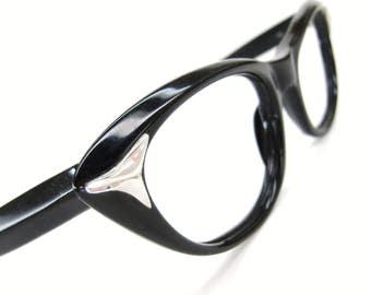 Vintage Eyewear 60s Cat Eye Eyeglasses Frame with Silver Accents