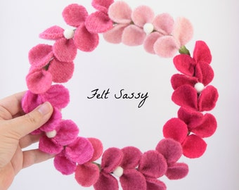 Wire Wreath - Pink Ombre - Recycled Wool Sweaters - Felt Sassy