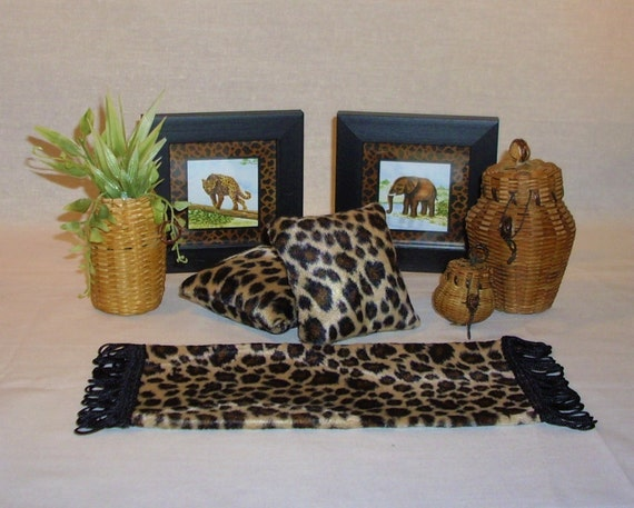 Doll Home Leopard Print Animal and Wicker Decor Lot Rug