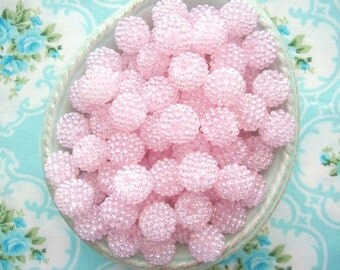 Berry Beads - Pale Pink - 15mm - Set of 20