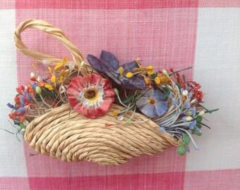 Vintage 1940s Floral Basket Brooch