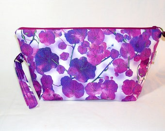 Morning Glories Beckett Bag