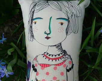 Itsy bitsy spill long cushion