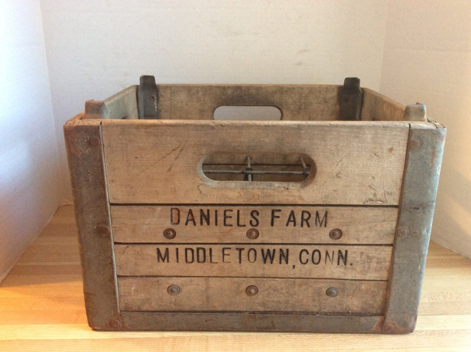 Vintage 1950 39 s wooden milk bottle crate b by lunasattic on for Where can i buy wooden milk crates