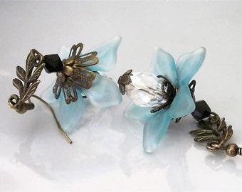 Blue Flower Earrings, Lucite and Crystal, Antiqued Brass, Leaf, Bohemian, Vintage Inspired Dangles, Aqua Flower