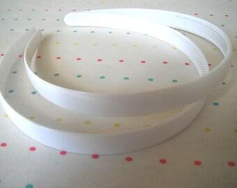 "White Pair of Plastic Headbands, 1/2"" Wide"
