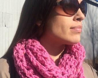 OOAK Women's Tweed Infinity Cowl - Crocheted in Raspberry Pink Tweed Yarn - Super Soft Non-Itchy 100% Peruvian Highland Wool & Donegal Tweed