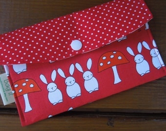 Privacy pouch - Sanitary pad holder - Feminine hygiene bag - Tampons holder - Tampons, pads and pantiliner wallet - Bunnies and toadstools