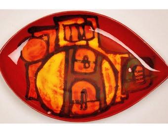 Vintage 1960s POOLE Pottery DELPHIS Shield Plate Signed Carol Cutler - Shape 91 - Teardrop - 12 Inch