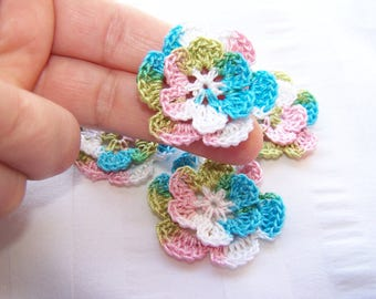 Appliques hand crocheted flowers set of 4 Wild Flower cotton 1.5 inch
