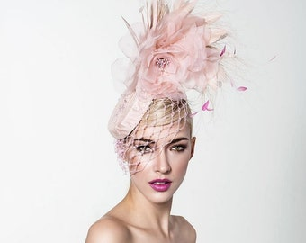 Blush pink headpiece, Kentucky derby fascinator, Derby Fascinator, Melbourne cup fascinator.
