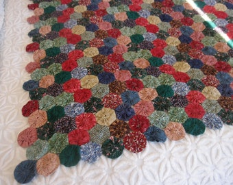 """Beautiful Simplicity - Vintage Yo Yo Quilt (partial) from the 1930's size, 52"""" x 65"""" - 800-140"""