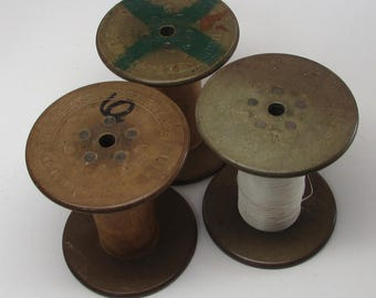 Wooden Spools Various sizes