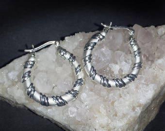 Vintage Sterling Silver Shrimp Hoops Pierced Earrings / Vintage Textured Puffy Silver Shrimp Hoops 1 1/4 Inch