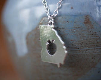 """Georgia Peach State Necklace with 18"""" Chain"""