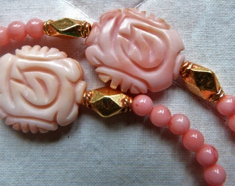 Antique Chinese angel skin coral beads necklace