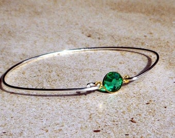 Emerald green Crystal with Sterling silver clasping bangle