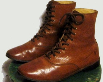 Women's Vintage Frye lace up shoe Boots sz 8.5