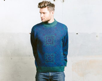 Vintage 80s Patterned SWEATER . 1980s Men Geometric Blue High Neck Jumper Acrylic Wool Blend Green Cabin Sweater Pullover . size Medium