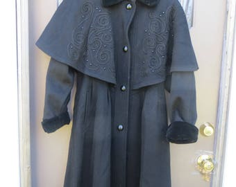 fab  -Designer -CHARLES-KLEIN-FORSTMANN -Full -length  -  black embroidered  cape  / Coat / goth