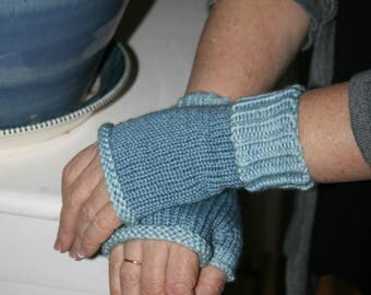 Hand Knit Handknit Handmade Light Blue Wonderland Yarns Mitts