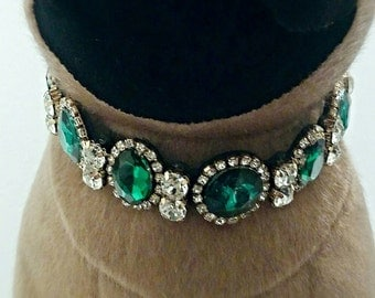 Green statement fashion jewelry for the fashionista pet,big faux gemstone surround this show piece pet necklace attention grabing accessory